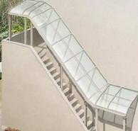 テラス屋根 ヴェクター階段屋根