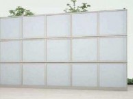 防音フェンスすややR2型採光パネル